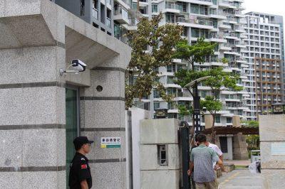 人脸识别门禁系统将为深圳长租公寓解决流动人员出入口高效管理